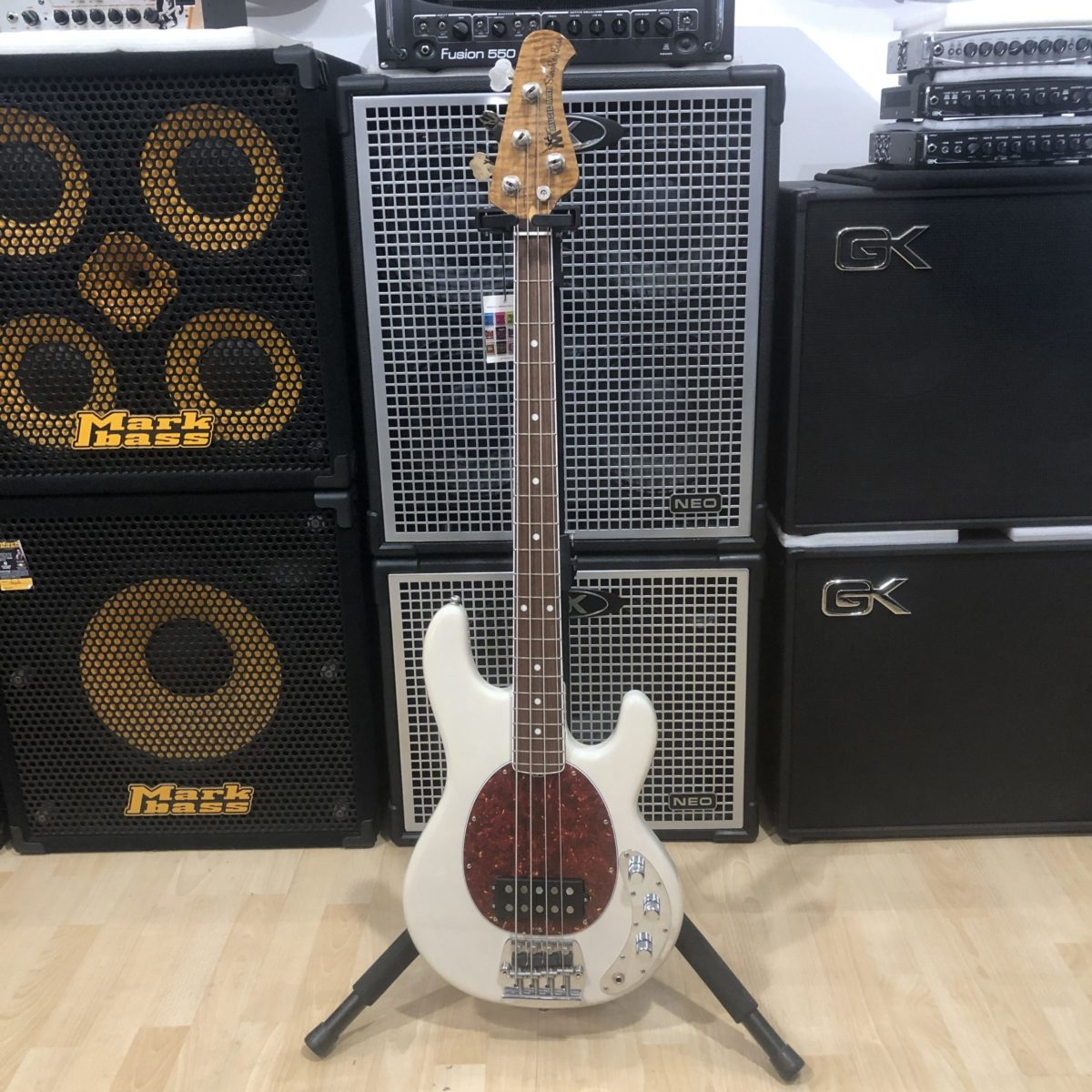 Music Man Stingray 40th Old Smoothie Buttercream Roasted