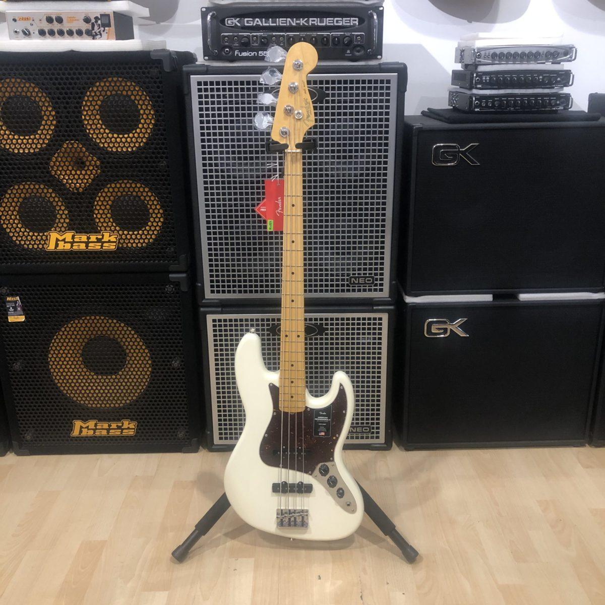 Fender Jazz Bass American Professional II Olympic White